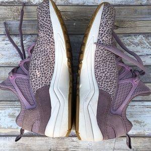 Nike Shoes - Nike Air Huarache PRM Blush Purple